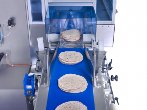 SleeWrapper Inverted flow wrapping tortillas