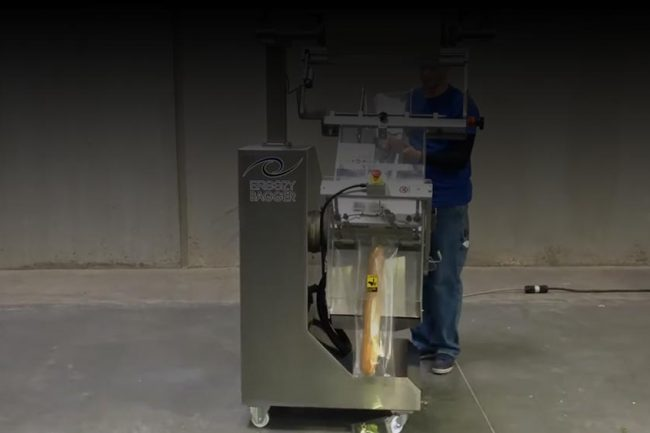 Packaging with Versatile Auto Length Function - Breezy Bagger
